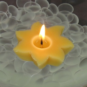 Beeswax-Floating-Sun-Candle
